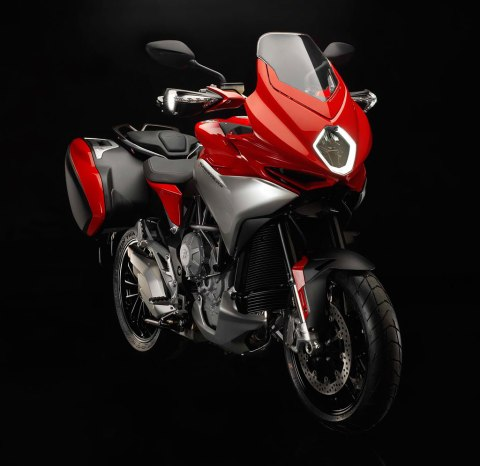 Turismo veloce 800/Turismo veloce 800 lusso The pure emotions involved in traveling, the feeling of the open orad beneath you, the limitthat get pushed further every day. MV Agusta Turismo Veloce 800 A name that dates back to early days of meccanica Verghera, the company founded on the intuition of Count Domenico Agusta and that is now at the very pinnacle of motorcycling thanks to 75 world championship title and and incredible history blended with both mystique and performance.